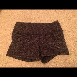 FLEO medium shorts, dark grey pattern
